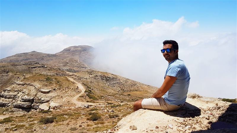 Some people are like clouds☁ When they go away, it's a brighter day🌞... (Falougha, Mont-Liban, Lebanon)