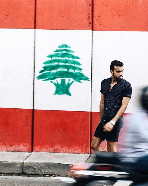 تزور بعض المدن لأنك تريد ان تزورها ، وتزور أخرى لأنها تريدك أن تزور—Some... (Beirut, Lebanon)