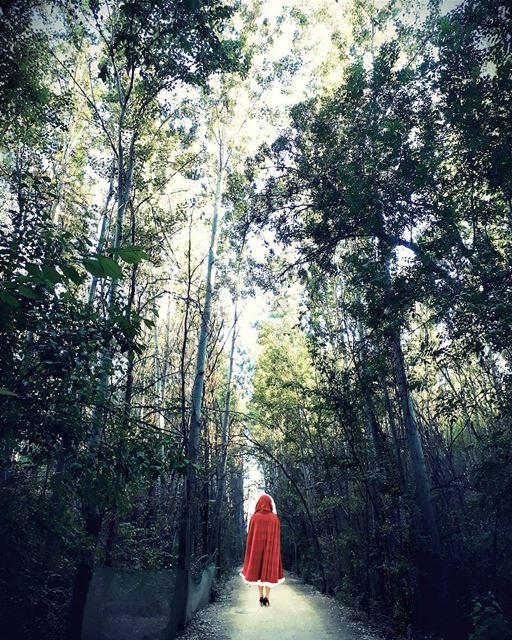Red Ridding Hood! Morning LiveLoveBekaa LiveLoveLebanon.......... (Deïr Taanâyel, Béqaa, Lebanon)