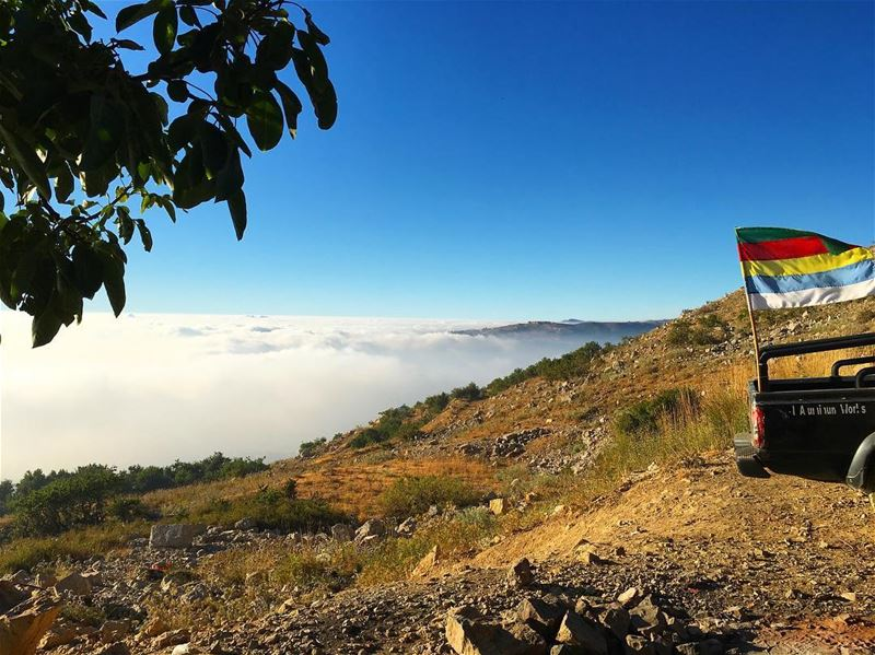 photography abovetheclouds nature lebanon @nour_ak5 💗💗 (Above The Clouds)