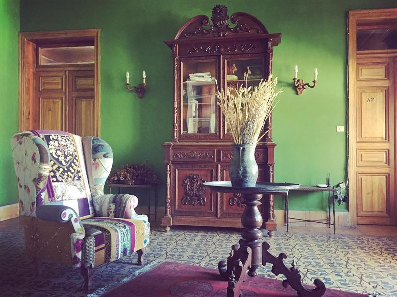For the love of green green livingroom livingroomdecor old oldhouses...