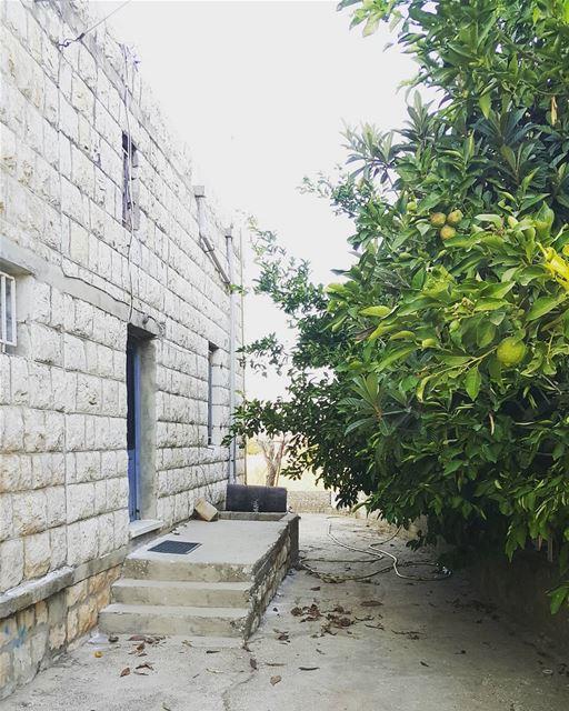yaroun oldvillage southlebanon lebanoninapicture lebanon ...