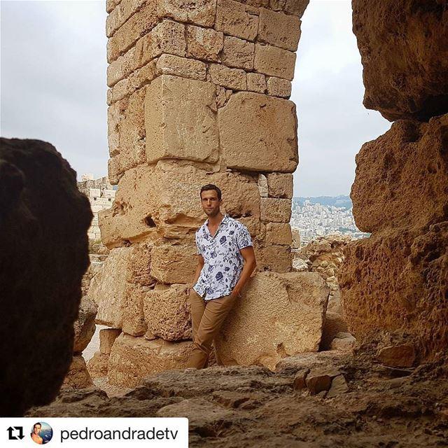 🇱🇧🇧🇷 @pedroandradetv no Líbano. Em breve no PedroPeloMundo do canal... (Byblos Castle)