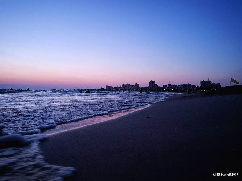 tb sour beach sea sunset southlebanon waves sky lebanon colorful... (Soûr, Al Janub, Lebanon)