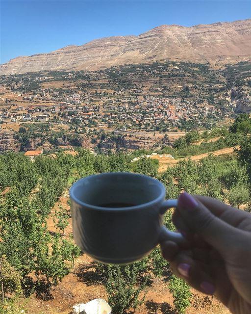 صباح الخير من بقاع كفرا 🇱🇧🌲☕️- (Bekaa Kafra)