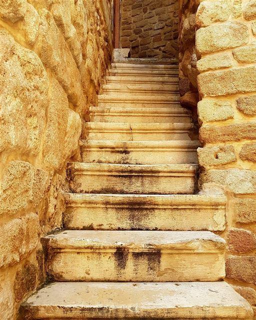 Just your average stairs in oldtown saida sidon lebanon ... (Saïda, Al Janub, Lebanon)