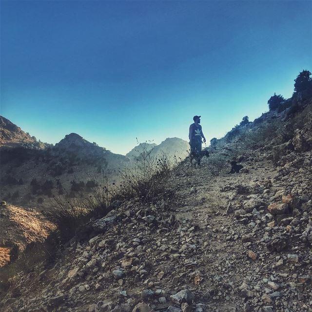 Now where to?! @maroonelie LiveLoveLaklouk Hiking Mountains ... (El Laklouk, Mont-Liban, Lebanon)
