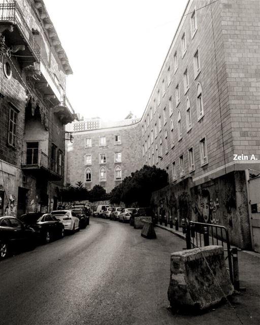 good evening old aub streetphotography lebanonspotlights ... (Bliss Street)