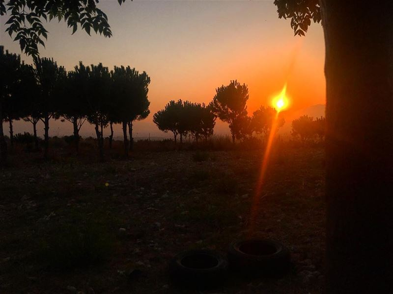 There's never one sunrise the same or one sunset the same about todays... (Bkeftîne, Liban-Nord, Lebanon)