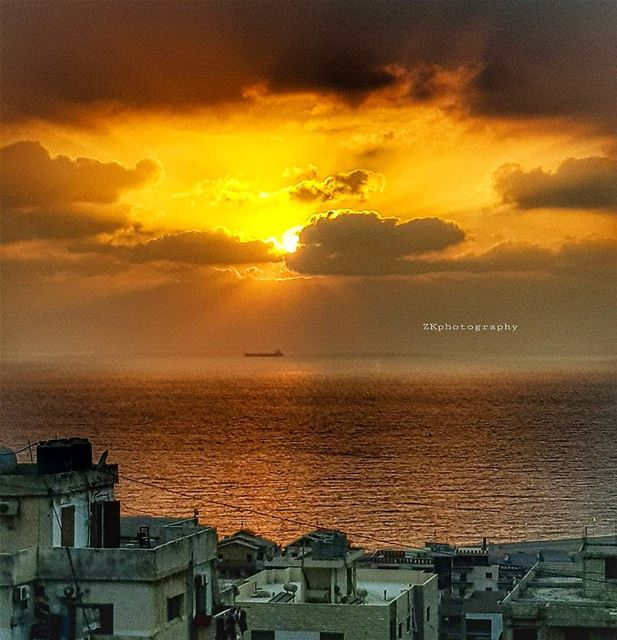 A Magical Sunset... today 🔥 * ptk_lebanon livelovelebanon ... (Dawhat Aramoun)