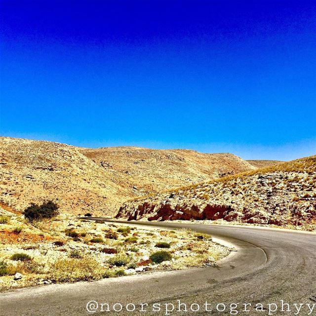 What's better than a long trip?❤️- noorsphotographyy lebanon ptk_lebanon... (Kfardebian)
