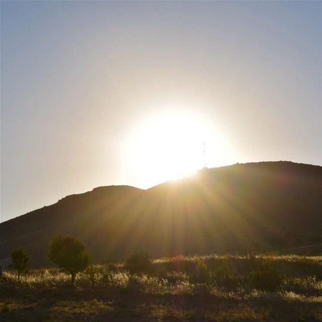 Hello Lovely 😍.. sunset sunsetphotography sunsets sunset🌅 ... (Beqaa Valley)