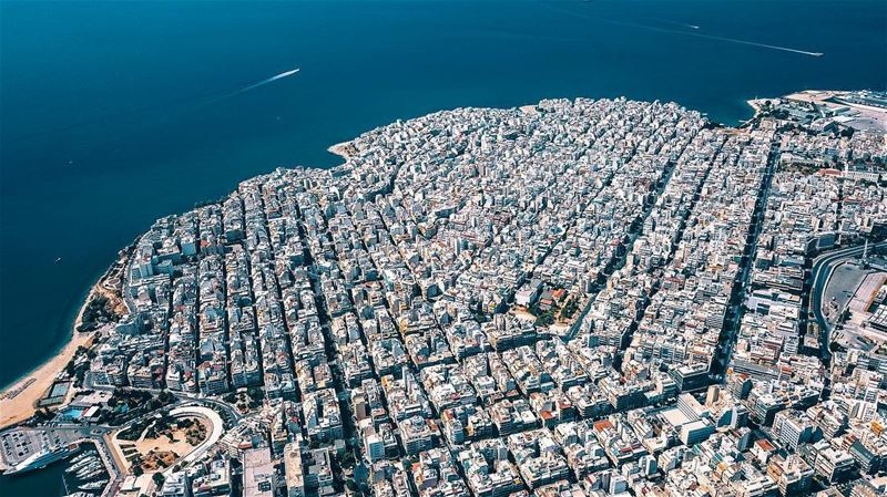 How beautiful is this city; Athens 🇬🇷 🚁 Alot to explore 🚁 ✈️🇬🇷🇱🇧🌎... (Athens, Greece)