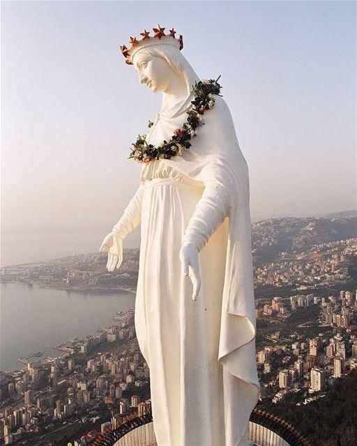 🇱🇧 Neste especial Dia de Nossa Senhora do Líbano gostaríamos de agradece- (Harîssa, Mont-Liban, Lebanon)