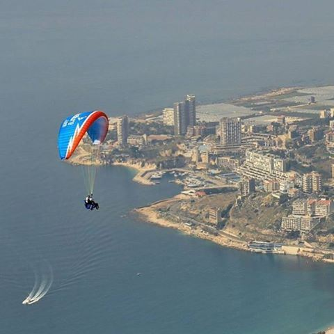 Endless beauty by @liveloveparagliding @livelove.sports @livelovejounieh