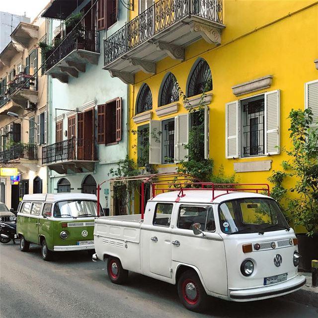 Das Auto 🌈☀️🌼••••••••••••••••••• livelovebeirut beautifullebanon ... (Achrafieh, Lebanon)