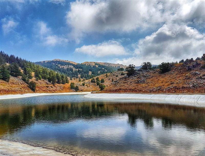 Barouk lake lake naturephotography landscape landscapephotography ... (Arz el Bâroûk)