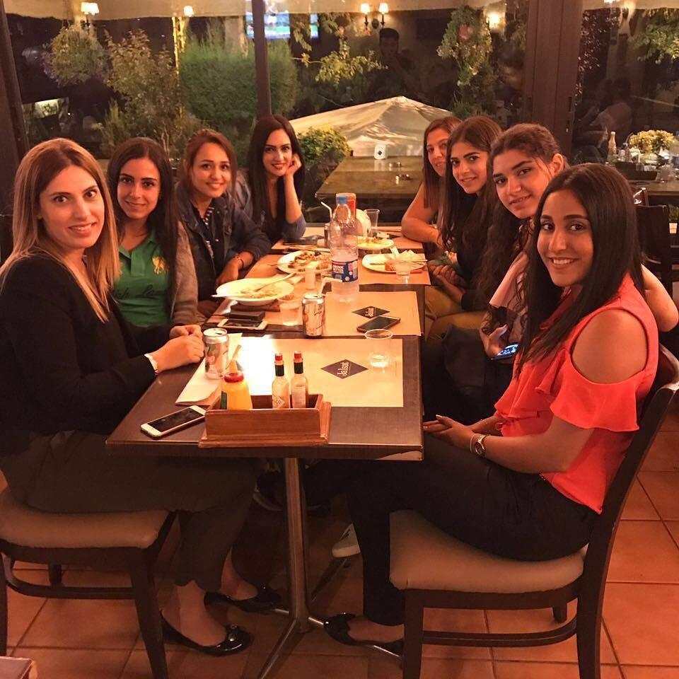 Besties' meetings are the best 💁🏻 jalsat restaurant mayrouba faraya ... (Jalsat)