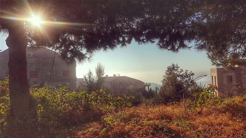 مرآتي الذهبية beirut_lebanon hdrphotography lebanonbylocal summer ... (Bolonia Meruj)