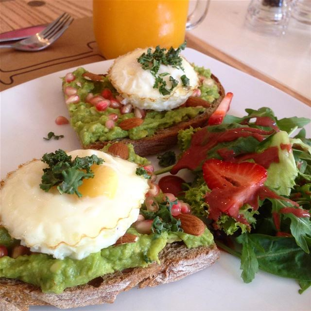 eggs for breakfast brunch avocado ... (Breakfast Barn)