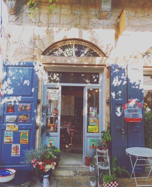 📸: @alexy_mina letstalkaboutlebanon douma livelovedouma onelebanon ... (Douma, Liban-Nord, Lebanon)