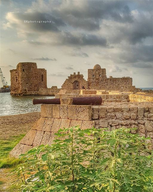 Saida - Summer 2017 🇱🇧 * insta_lebanon ig_lebanon lebanon_pictures ... (Sidon Sea Castle)