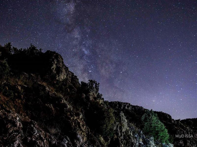 Milky way .. *turn off auto brightness to see the magnificent colors* @jaj (Jaj, Mont-Liban, Lebanon)