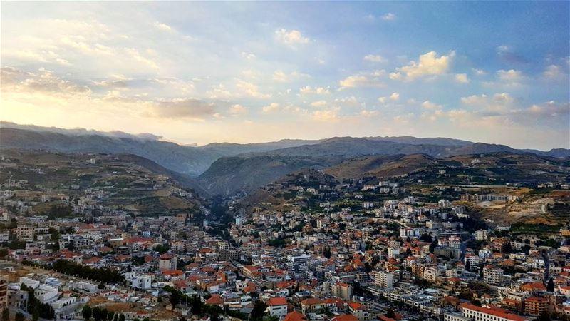 Above ⛰ (Zahlé, Lebanon)