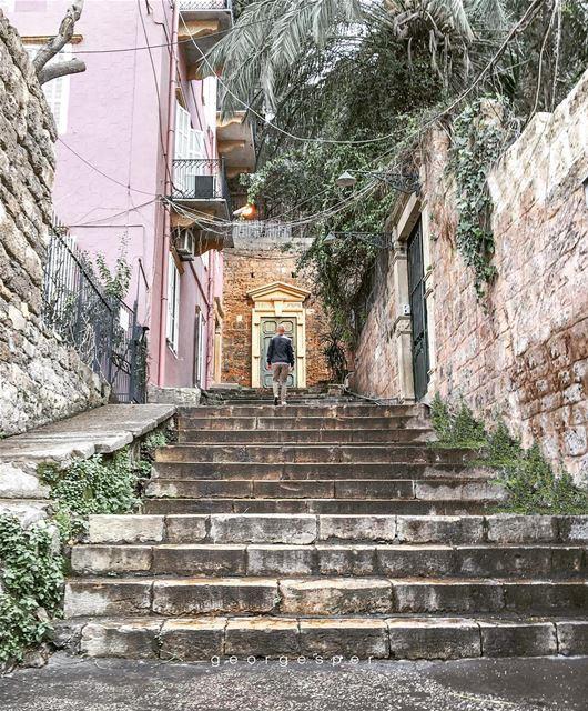 Gemmayze neighborhood, Beirut Lebanon 🇱🇧...... proudlylebanese ... (Beirut, Lebanon)