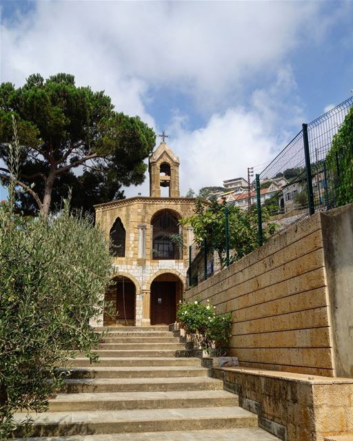 "⛪🏡 ""From humility of heart proceed serenity of mind, gentleness of... (Beït Chabâb, Mont-Liban, Lebanon)"
