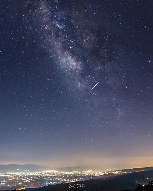 Do not go gentle into that good night 🌌💫 notripod ......... (Beqaa Governorate)