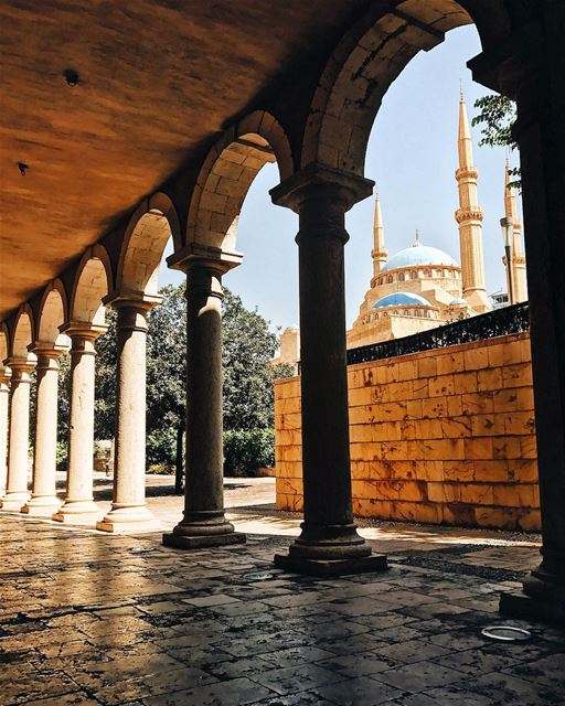 Mohammad Al-Amin Mosque from inside St. George Cathedral ⛪️🇱🇧🕌 Beirut ... (Saint George Greek Orthodox Cathedral)