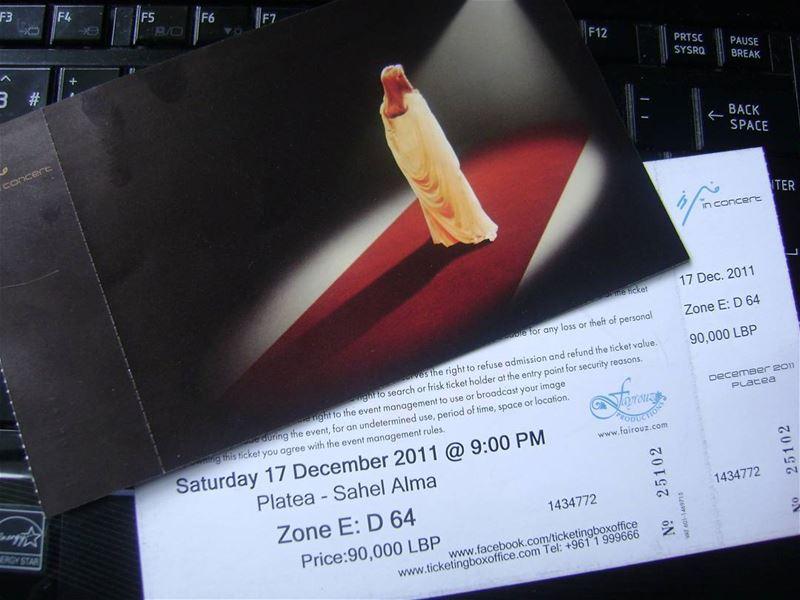 2011 Feyruz konseri biletim ❤ bunu defalarca paylaşmayı seviyorum 😃😎😃 I... (Platea)