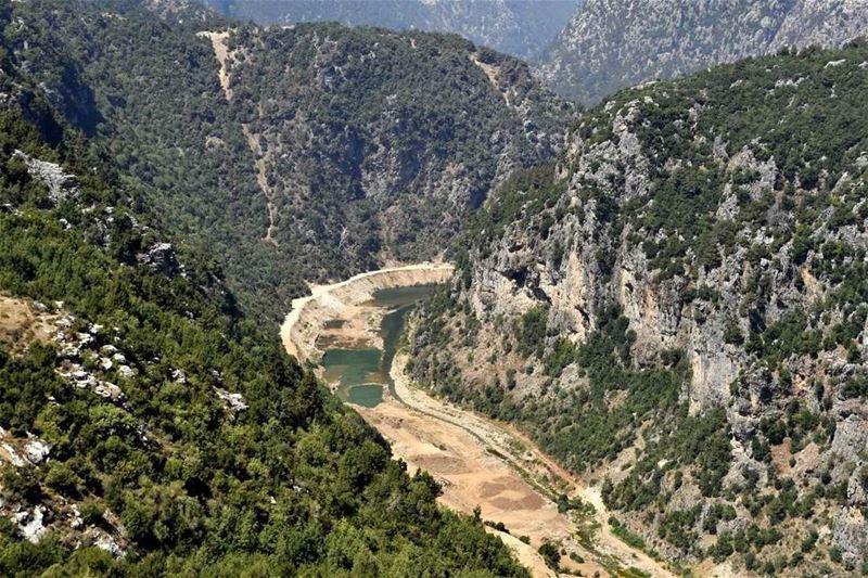 سد جنة(📸 لبنان 24) . . . lebanon summer nature colors green ...