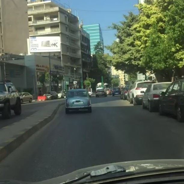 Chasing a  classicmini in  beirut  Lebanon @sfeirrony nice catch 👌😂😍😁� (Beirut, Lebanon)
