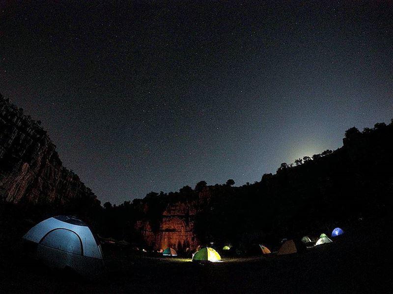 SilentNight 🌟🌟🌟 FiveBillionStarHotel Stars Moon Tents Camping ... (Majdel Tarchich)