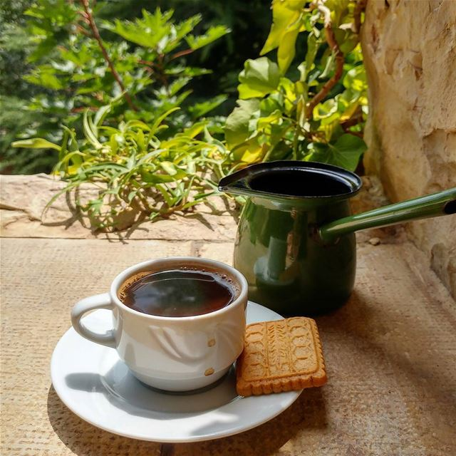 Lazy man(woman) breakfast. easypeasy fiberrich sugarfreecookies ... (Dayr Al Qamar, Mont-Liban, Lebanon)