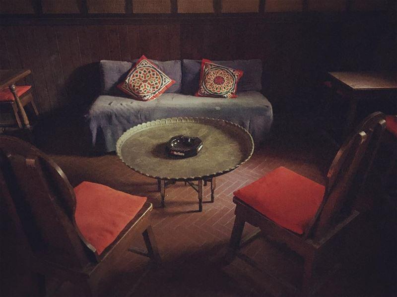 Vintage Mood vintage interior mood green blue red copper artdeco...