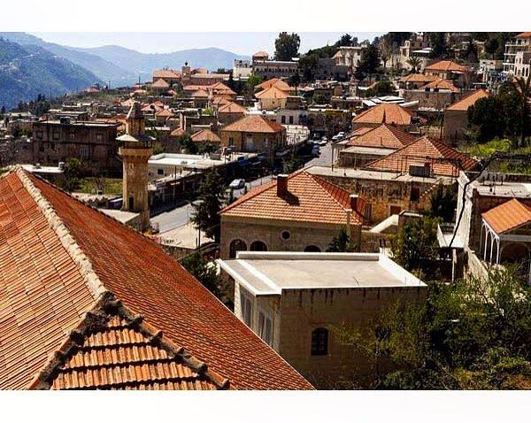It is never a Lebanese village without red roof bricksDeir al-Qamar (دير... (Dayr Al Qamar, Mont-Liban, Lebanon)