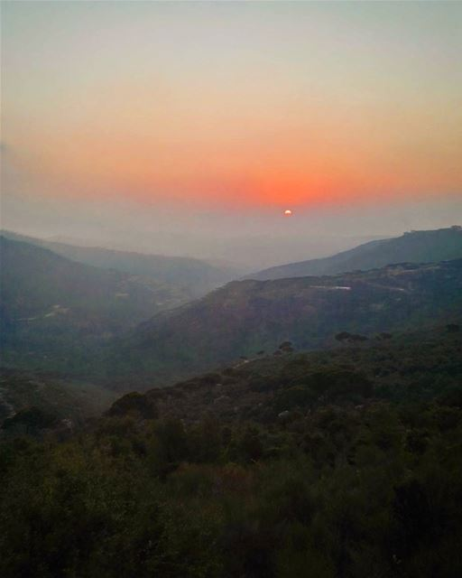lebanon Lebanon view love amazing mountains sun sunset paradise ... (Qarnayel)