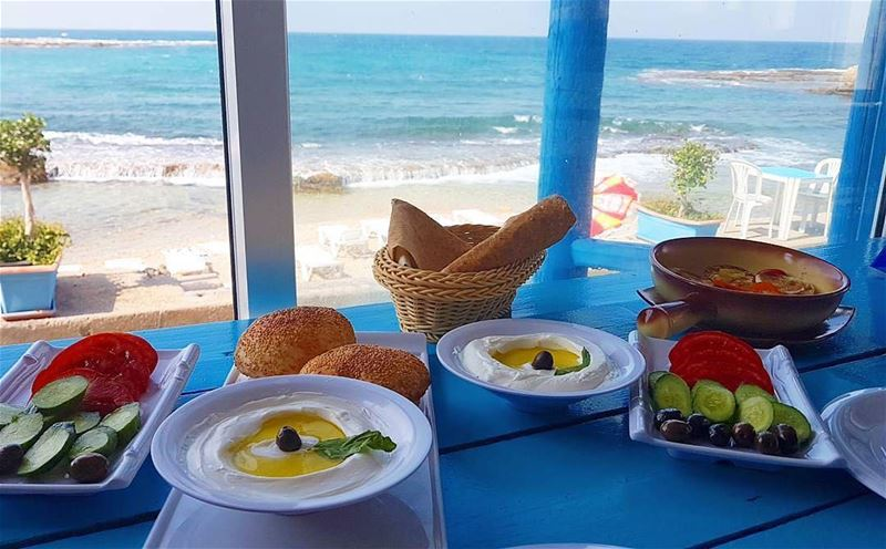 The best place to have an early breakfast 😃Photo taken by @issamouly 😊... (RAY's Batroun)