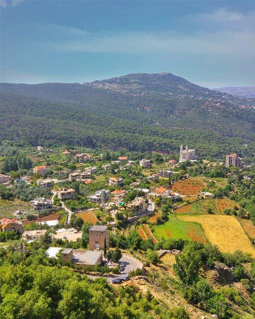 What a view 😍 lebanon nature naturelovers natureporn landscape ... (Waddy Jezzine)