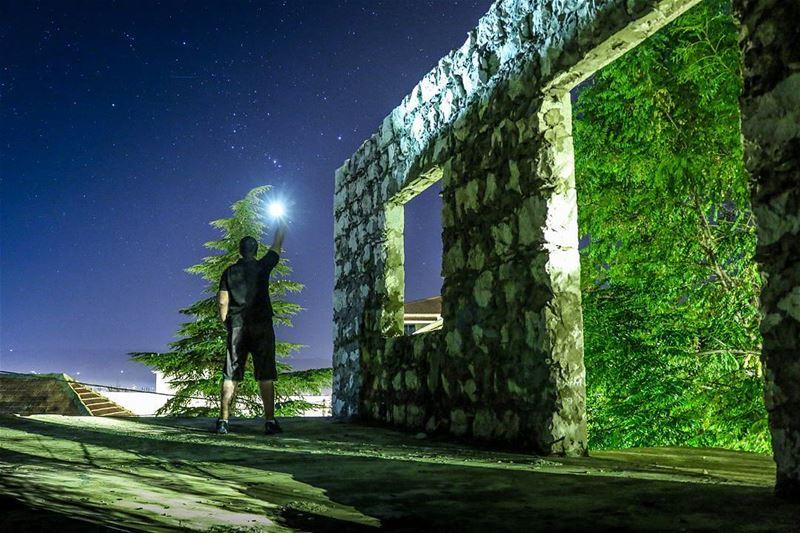 Lighting up the dark ☄ LEBANON Bekaa ...