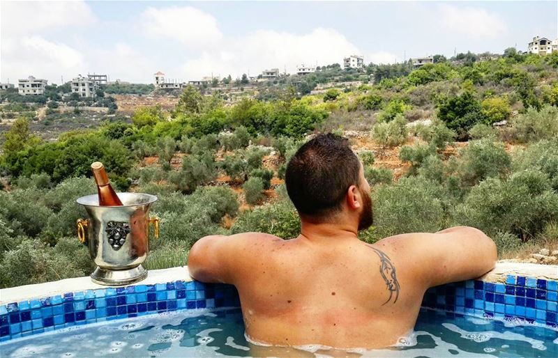 EnjoyLife Cheers VinRosé Relax Chill Chillax Fun Summer Pool ... (Mtolleh El Chouf)
