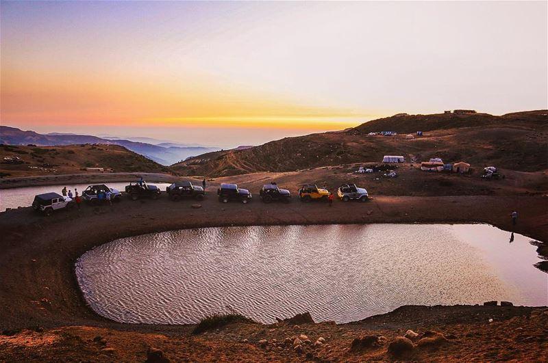 lebanon sunset mountains scenery sunsets sunsetlovers sunsetporn ... (Mount Sannine)