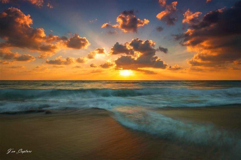 Mesmerising sunset Mansouri ••• Nikon NikonDX Nikonphotography ...
