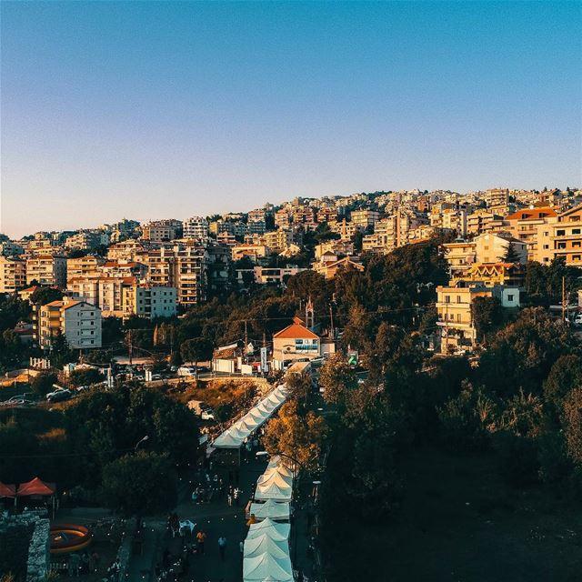 A very Good Morning Lebanon 🇱🇧 a glance at @soukelakel Ballouneh edition... (Balloûné, Mont-Liban, Lebanon)