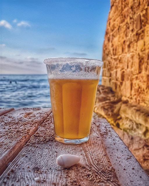 A fairytale bliss 💫🎶🌊🍺🐚💙... (Dar Alma)