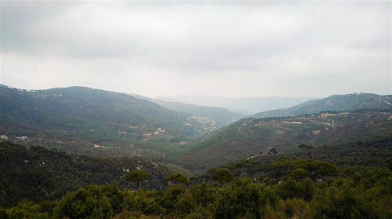 summertime summer holiday Lebanon lebanon cloudyday mountains ... (Qarnayel)