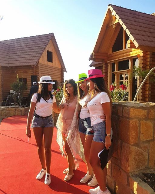 Red Carpet and Blue Sky for Datcha, the newest project in Faqra,... (Fakra Kfarzebian Liban)